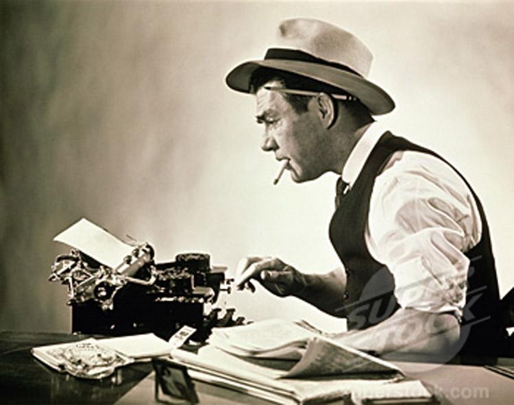 giornalista-con-macchina-da-scrivere